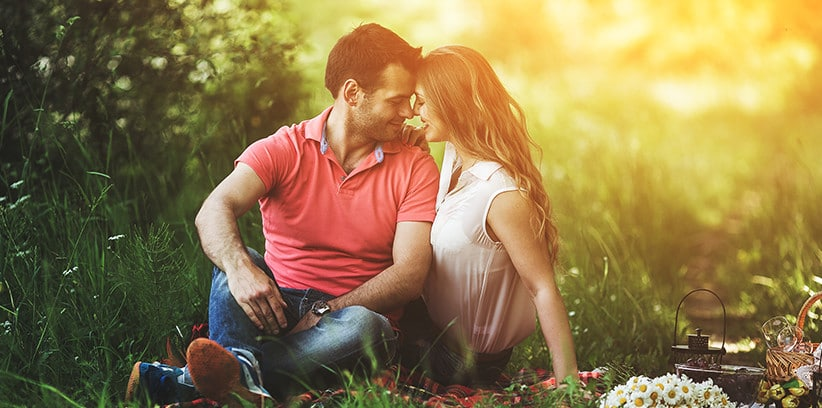 Date Ideas for Introverts That Will Make You Want a Second Date || Food Dates